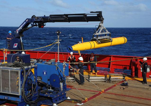 Amerykański autonomiczny bezzałogowy pojazd podwodny Bluefin-21. Zdjęcie archiwalne