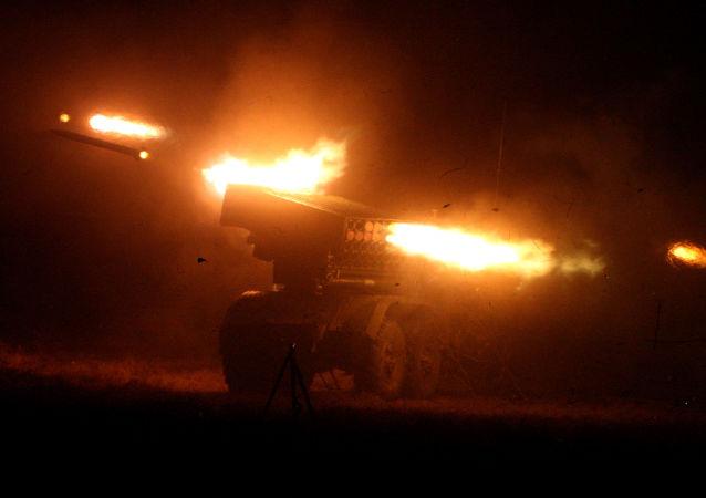 """W Rosji dobiegają końca prace nad kompleksem rozpoznawania pozycji ogniowych artylerii przeciwnika """"Jastreb-AB"""