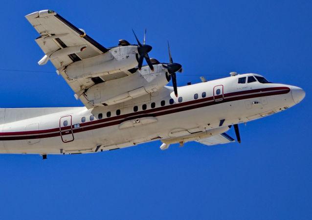 Samolot DHC-7-102