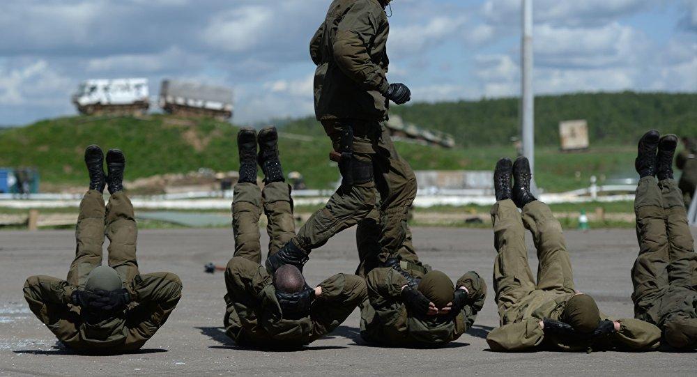 Ćwiczenia taktyczne jednostek specjalnych Rosgwardii i MSW Rosji