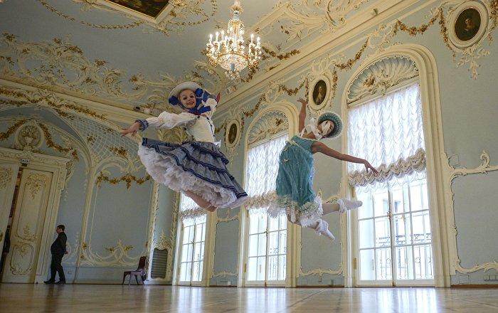 Akademia Baletu Rosyjskiego im. Agrippiny Waganowej jest jedną z najstarszych szkół baletowych na świecie.