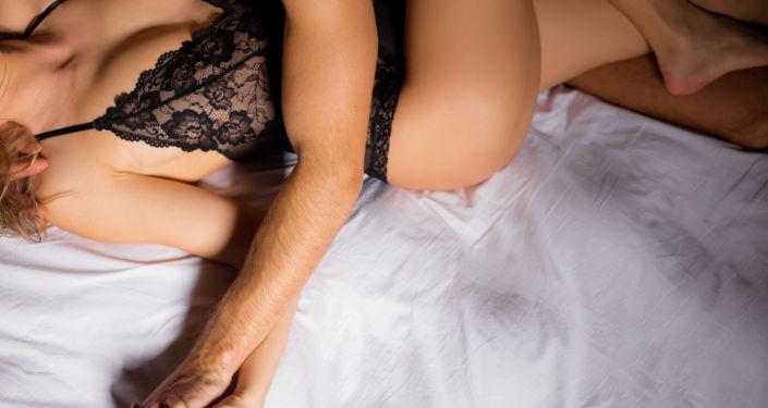 Badanie miało wyjaśnić, w jaki sposób menopauza wpływa na życie płciowe kobiet
