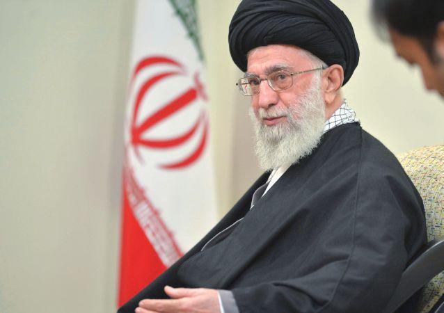 Najwyższy Przywódca Iranu ajatollah Ali Chamenei