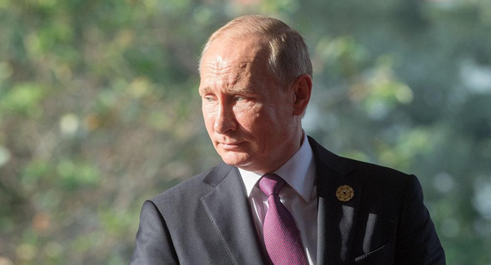 Prezydent Rosji Władimir Putin na szczycie APEC w Wietnamie