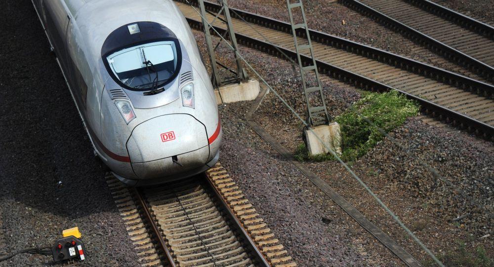 Pociąg dużych prędkości ICE w Niemczech