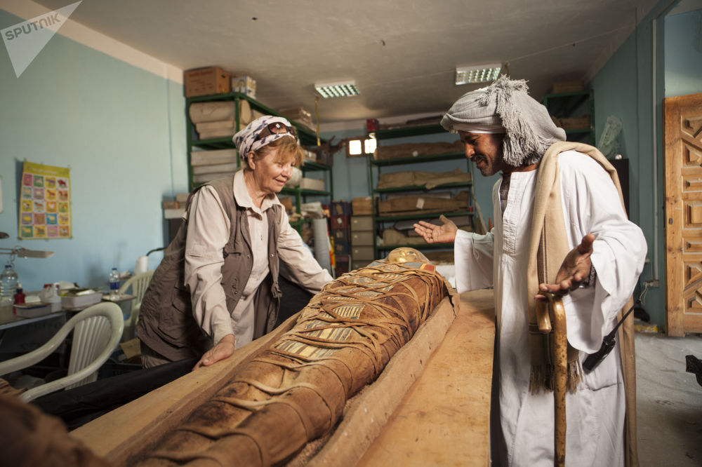 Rosyjscy archeolodzy pod kierownictwem Galiny Biełowej (na zdjęciu) z Centrum Badań Egiptologicznych Rosyjskiej Akademii Nauk  od ponad 7 lat prowadzą wykopaliska starożytnej nekropolii, na miejscu której zbudowano koptyjski klasztor Dejr el-Banat.