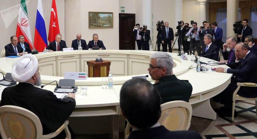 Putin, Rouhani i Erdogan ustalili wspólne oświadczenie o regulacji w Syrii