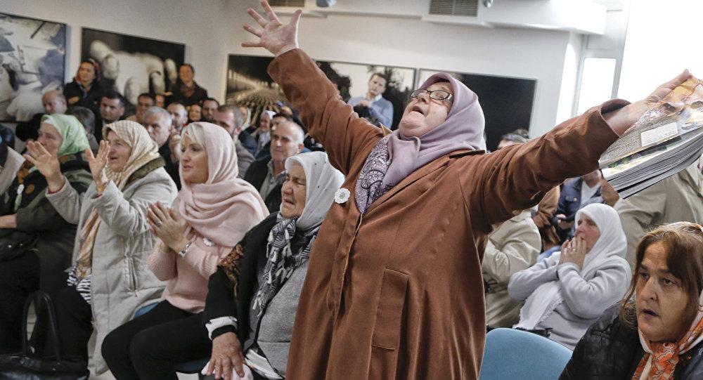 Reakcja Bośniaczek na ogłoszenie wyroku dożywocia dla Ratko Mladicia, 22.11.2017