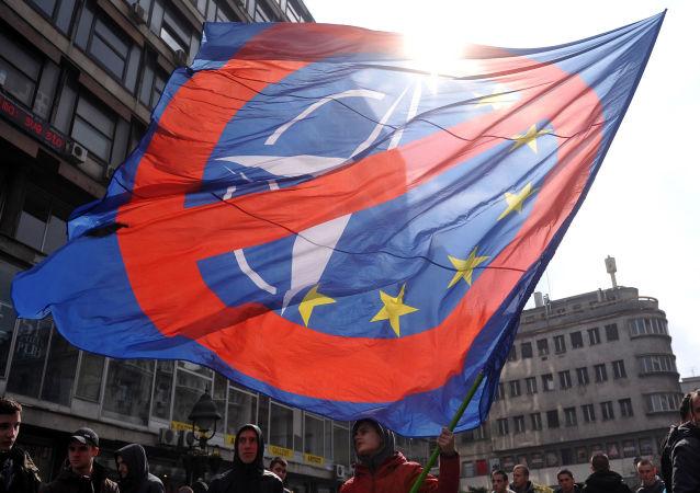 MIting przeciwko NATO, Belgrad