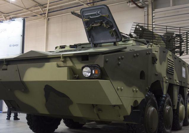 Nowy ukraiński transporter opancerzony BTR-4MB1