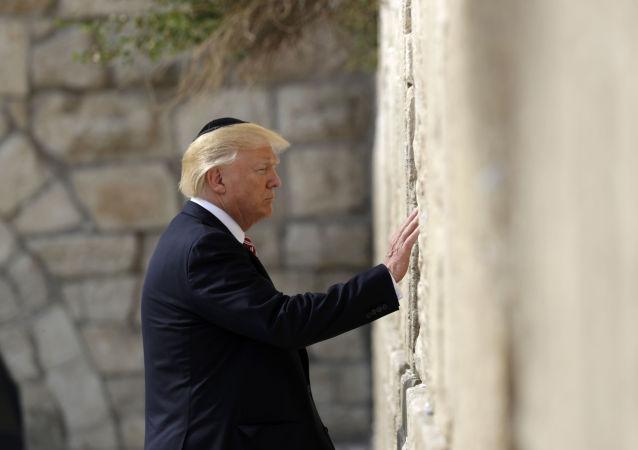 Prezydent USA Donald Trump przy Ścianie Płaczu w Jerozolimie