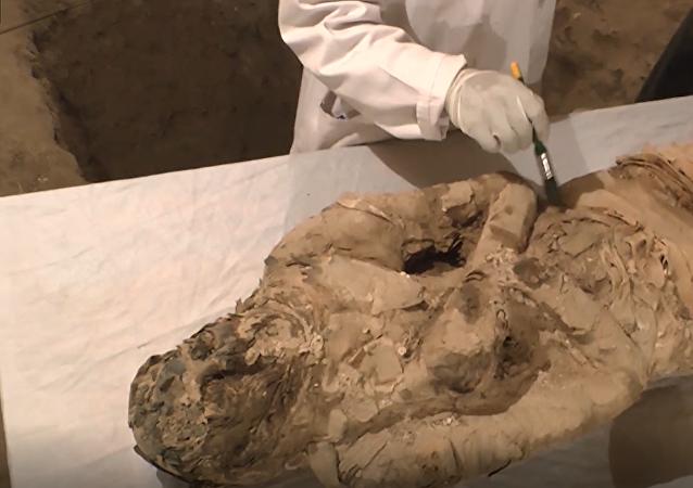 W mieście Luksor (Egipt) znaleziono dwa grobowce sprzed około 3500 lat