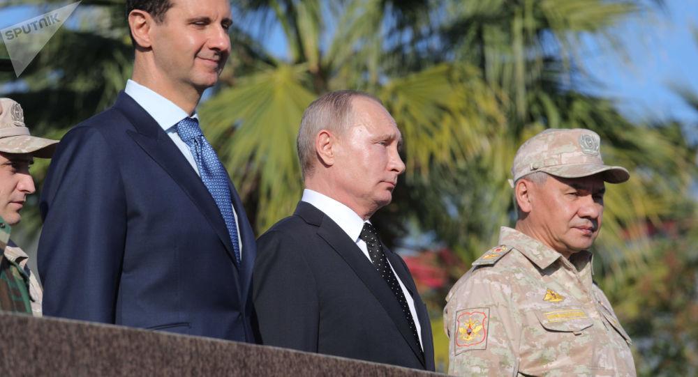 Władimir Putin odwiedził bazę lotniczą Hmeimim w Syrii