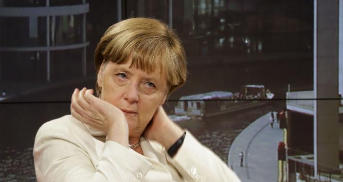 Kanclerz Niemiec Angela Merkel udziela wywiadu telewizji ARD