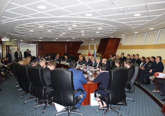Druga konferencja rosyjsko-polska i polonistyczna z okazji 25-lecia podpisania Umowy o przyjaźni i dobrosąsiedzkiej współpracy między Rzeczpospolitą Polską a Rosyjską Federacją.