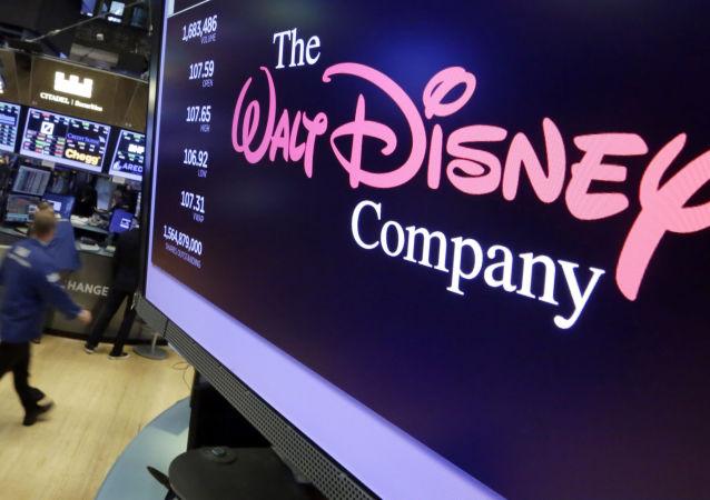 Logo Walta Disneya na ekranie nowojorskiej giełdy