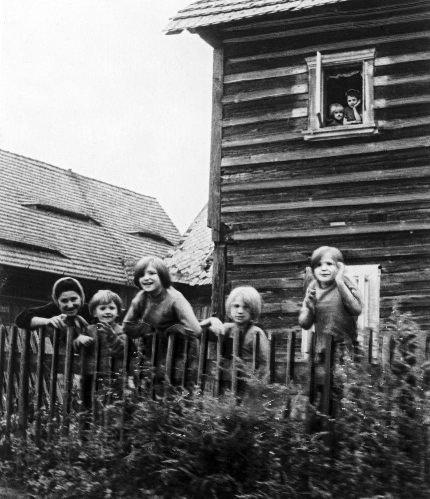 Mieszkańcy czechosłowackiej wsi, 1968 rok.