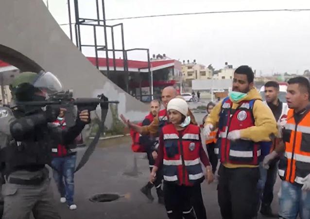 W Ramallah doszło do starć między funkcjonariuszami struktur siłowych a pracownikami medycznymi