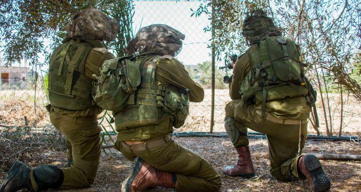 Izraelscy desantowcy w czasie operacji specjalnej w strefie Gazy