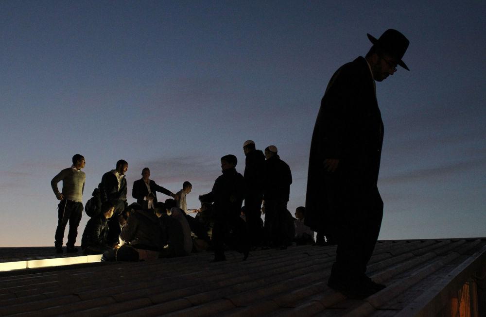 Rosz ha-Szana, czyli Nowy Rok według kalendarza żydowskiego, obchodzi się we wrześniu lub październiku.