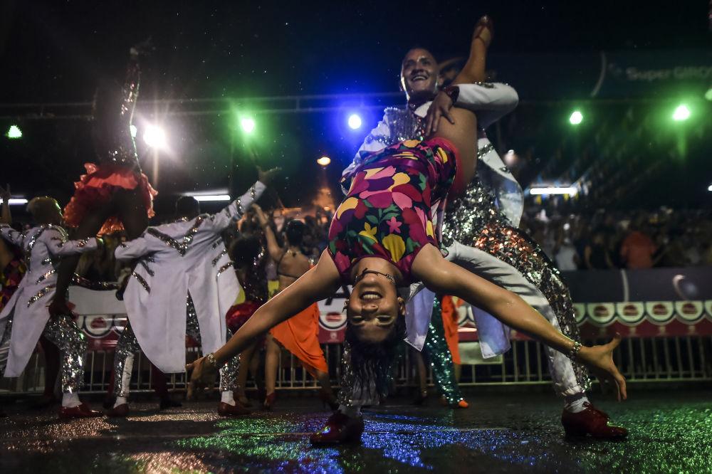 """""""Salsodromo"""" jest uważany za największą paradę tancerzy salsy na świecie."""