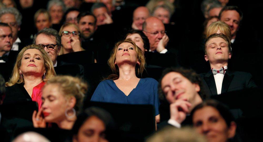 Catherine Deneuve, Emmanuelle Bercot, aktor Rod Paradot, Cannes-2015
