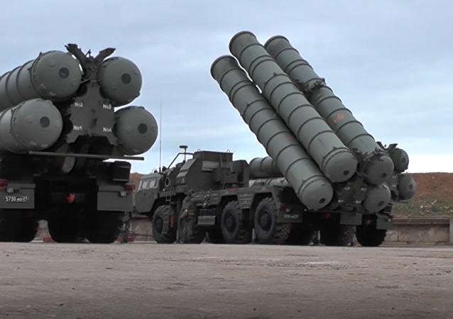 Druga dywizja kompleksu S-400 (Triumf)  trafiła na dyżur bojowy w Sewastopolu.