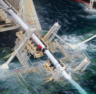 Prace nad układaniem rur gazociągu Turecki Potok