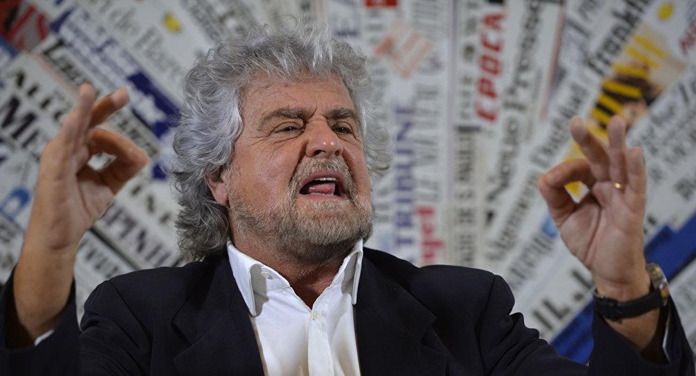 Włoski komik i lider Ruchu Pięciu Gwiazd Beppe Grillo