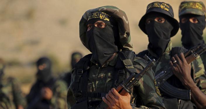 Terroryści z Palestyńskiego Dżihadu Islamskiego na ćwiczeniach wojskowych w Strefie Gazy