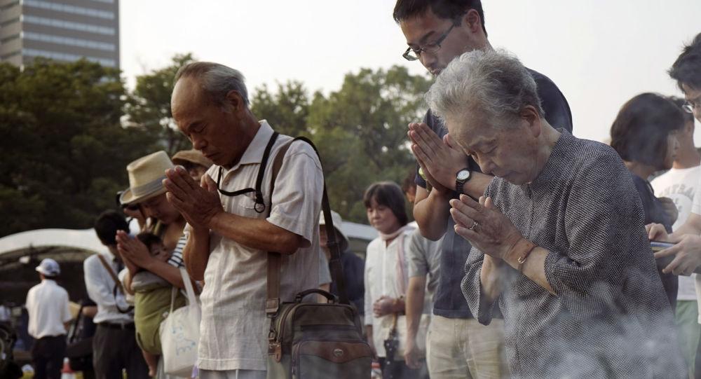 Japonczycy wspominają ofiary zrzucenia bomby atomowej na Hiroszimę