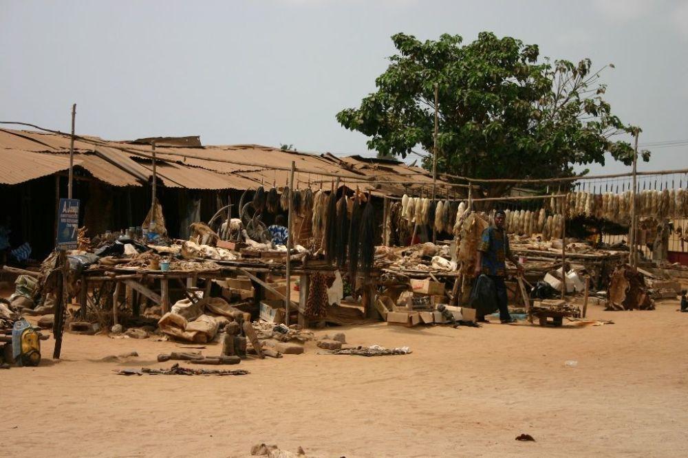 Targowisko Akodessawa w Lomé, stolicy Republiki Togijskiej.
