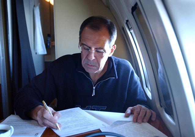 Siergiej Ławrow, minister spraw zagranicznych Rosji podczas podróży służbowej