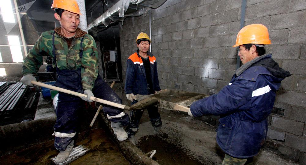 Pracownicy z KRLD na budowie we Władywostoku