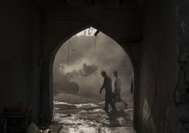 Oczyszczanie wyzwolonego Mosulu