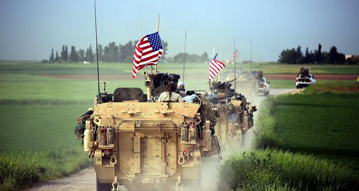 Amerykańskie wojsko w Syrii (Na granicy z Turcją. 28 kwietnia 2017)