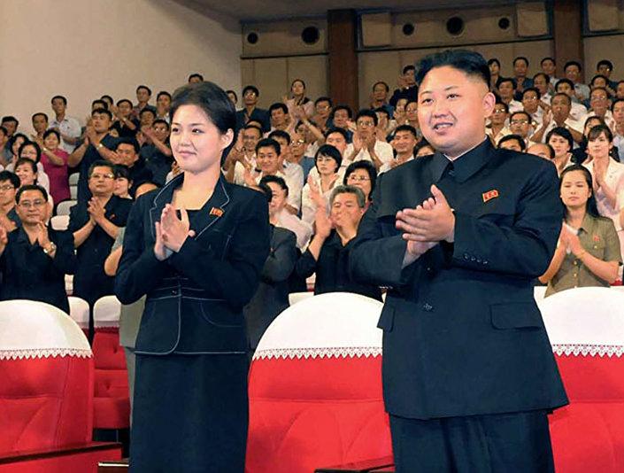 Kim Dzong Un z żoną Ri Sŏl Ju