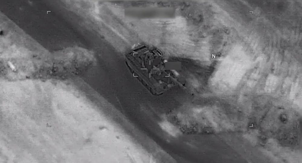 Udostępnione przez Pentagon wideo nalotu międzynarodowej koalicji pod wodzą USA na siły prorządowe w prowincji Dajr az-Zaur