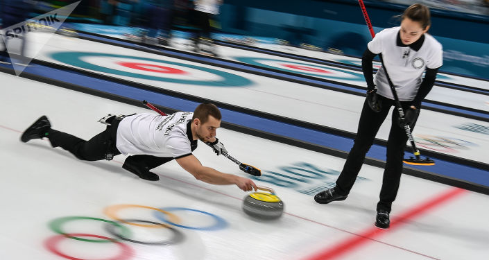Sportowcy olimpijscy z Rosji Anastazja Bryzgałowa i Aleksander Kruszelnicki
