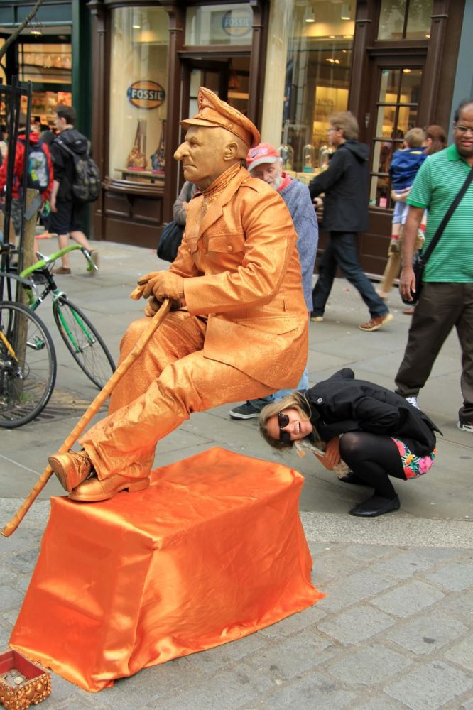 Rzeźba Busker w Londynie
