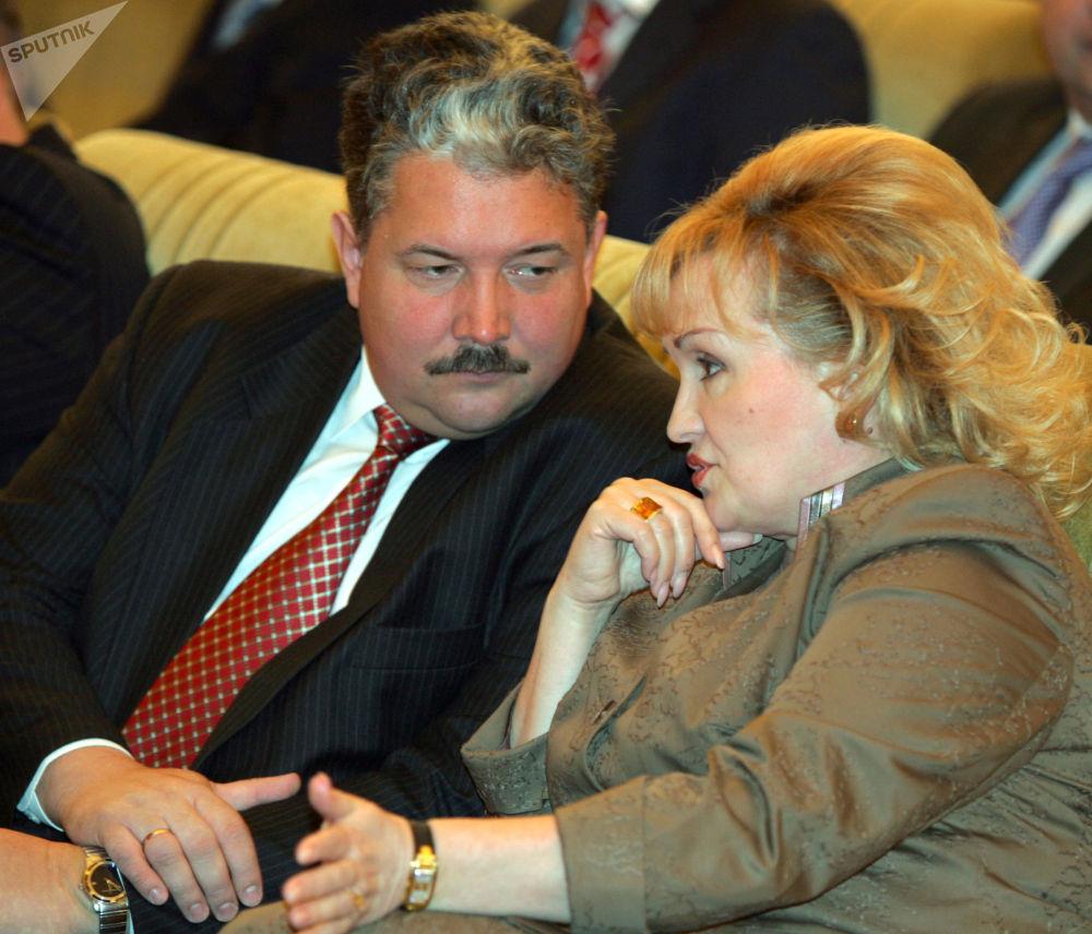 Zastępca przewodniczącego Dumy Państwowej Lubow Sliska i poseł Dumy Państwowej Siergiej Baburin w Kremlu