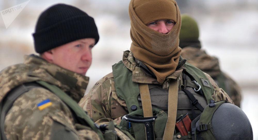 Żołnierze Sił Zbrojnych Ukrainy. Zdjęcie archiwalne