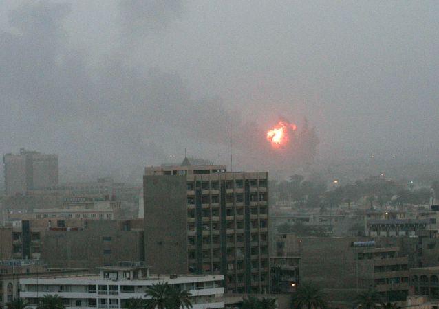 Interwencja USA w Iraku. Bombardowanie Bagdadu 20 marca 2003 r.