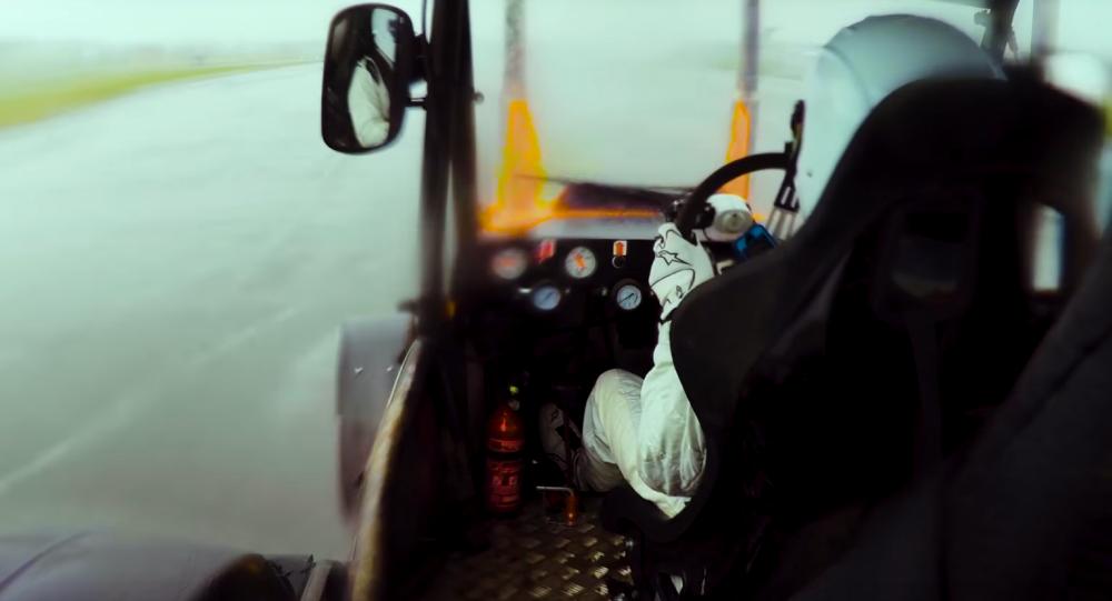 Kierowca Top Gear rozpędził traktor do ponad 140 km/h