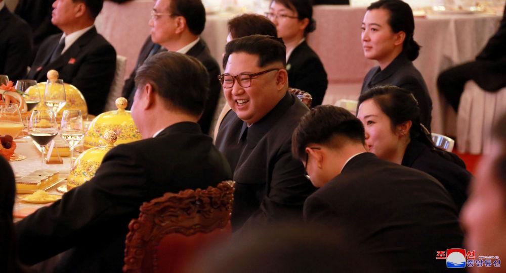 Bankiet z okazji przybycia do Chin przywódcy KRLD Kim Dzong Una