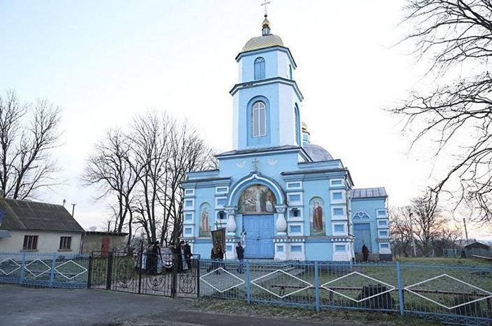 Cerkiew Zaśnięcia Matki Bożej w wiosce Pticzja w obwodzie rówieńskim