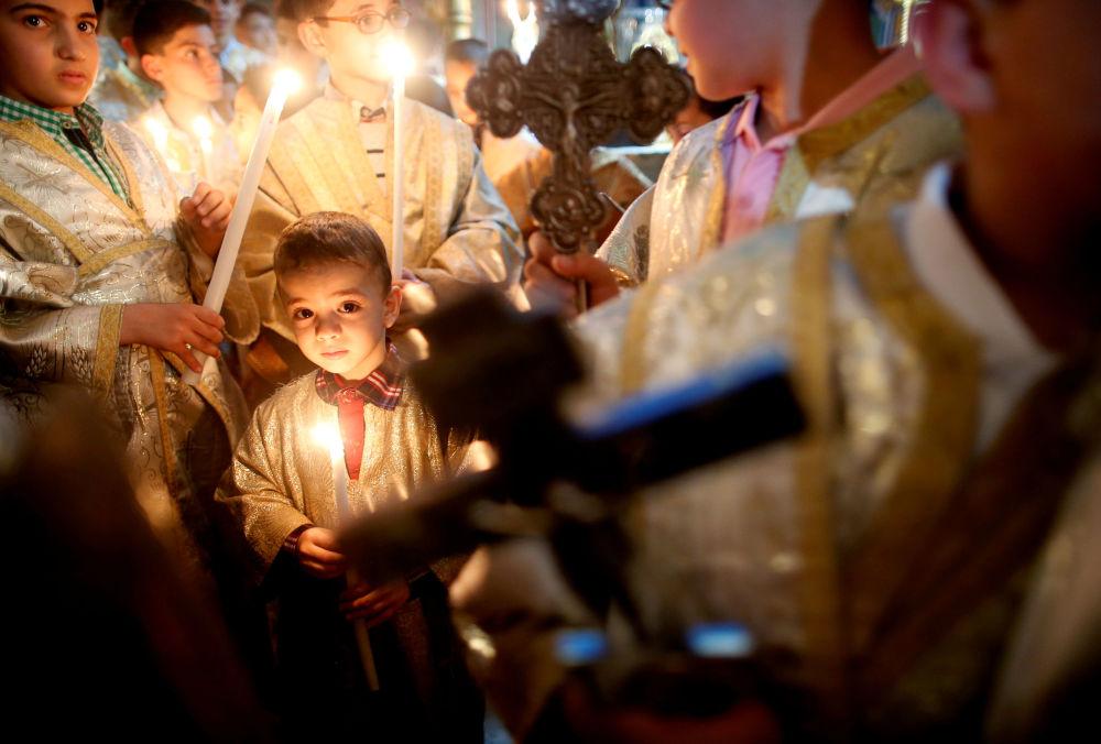 Palestyńscy chrześcijanie podczas nabożeństwa Wielkanoc w Strefie Gazy