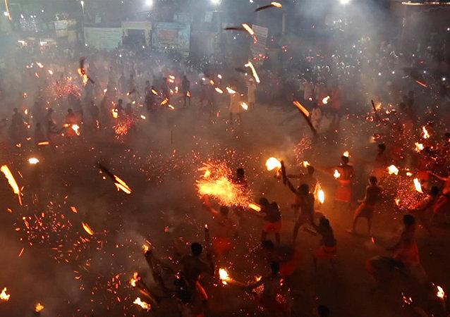 Bitwa na pochodnie w Indiach