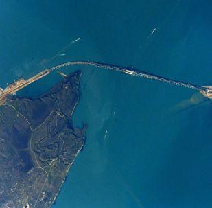 Krymski Most z MSK