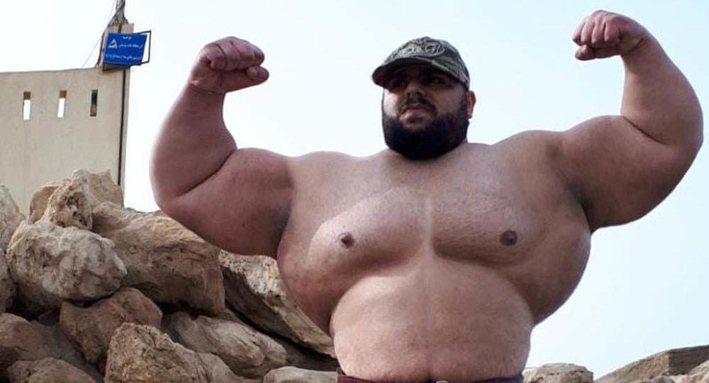 """26-letni Sajad Garibi, zwany """"irańskim Hulkiem"""""""